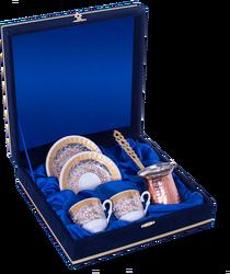 Güral Porselen - Kahve Fincanı Güral Porselen <br> 5 Parça İki Kişilik El Dekoru Tarzı <br> Altın Yaldızlı Kahve Fincan Takımı <br> Kadife Kutulu Bakır Cezveli 760